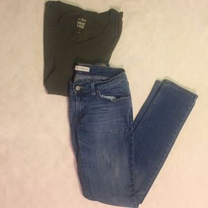 Levi's Low Rise Blue Skinny Jeans - 7